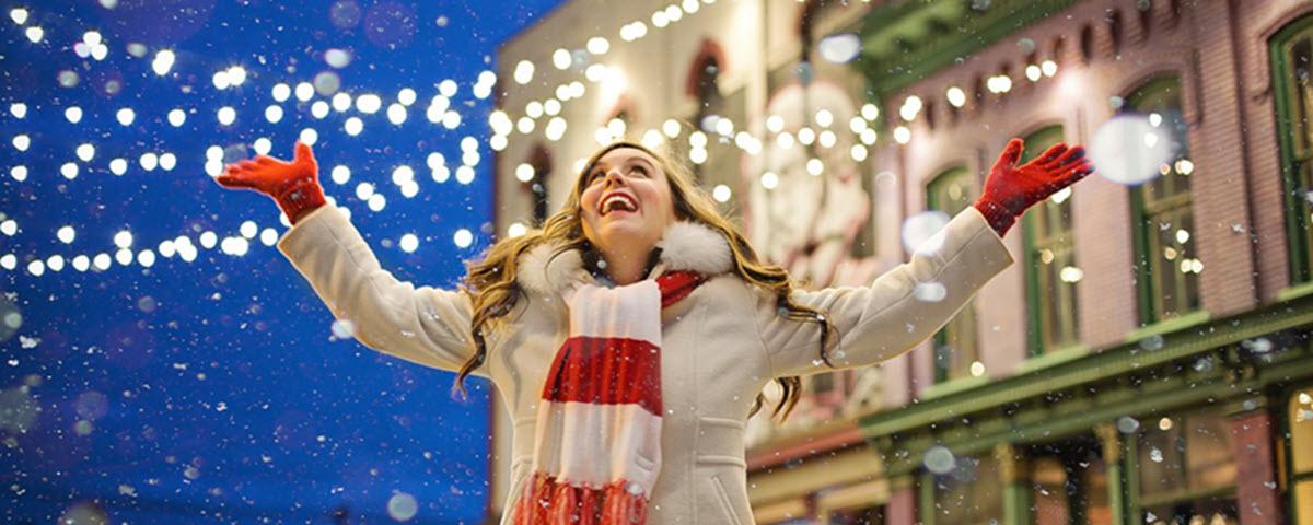 Fotos De Hombres Felicitando La Navidad.17 Ideas De Marketing Con Un Toque Navideno