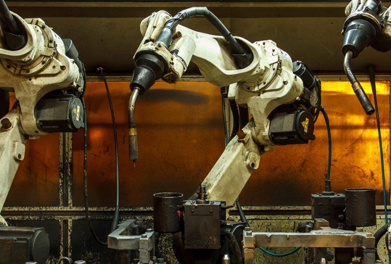 como reconvertir toda una industria maquinas robotizacion